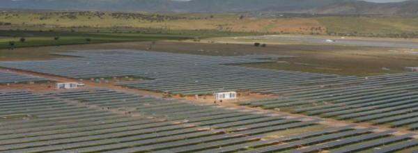 La energía que renueva los pueblos: Extremadura bulle con la energía solar Cristina Enea Fundazioa